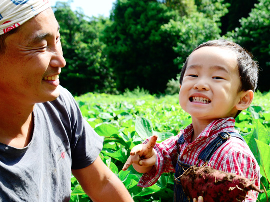 就農して3年目まで病気が絶えなかった。さつまいもが全く育たなかったり、大根が虫に食われたり、空豆がアブラムシで全滅したりもした。